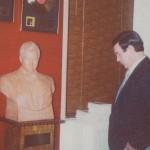 Муслим Магомаев в домашнем музеи В.Де Фини